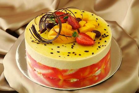 Fruit cream tort tropical fruit cake